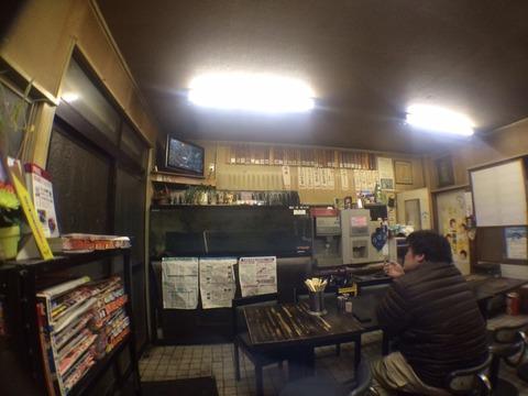 イナリ食堂店内