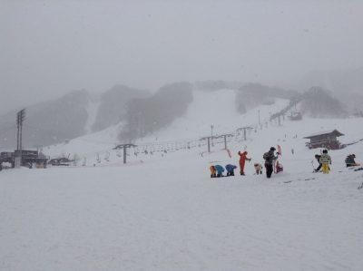 スキー場の寒い光景